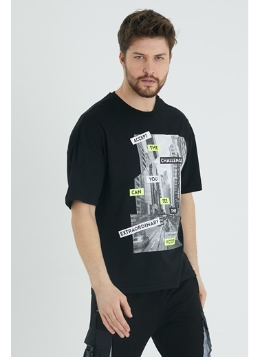 XHAN Mint Parçalı Baskılı Salaş T-Shirt 1Kxe1-44647-58 Siyah